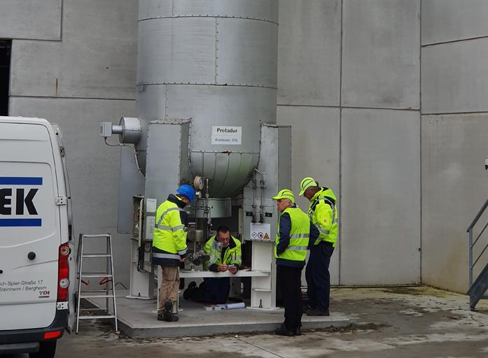 Plaatsing nieuwe CO2 tank